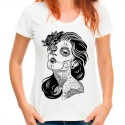 T-shirt z mroczną kobietą