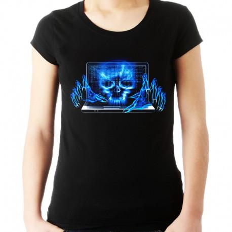 Koszulka dla hackera z czaszką